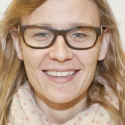 Dr Catalina  Taltavull